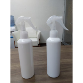 250ml Spray Bottle (white)