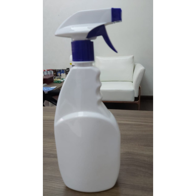 750ml  Spray Bottle (blue)